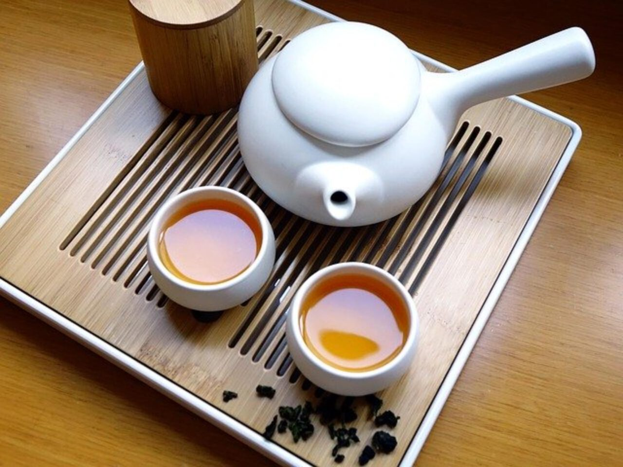 Picie herbaty na azjatycką modłę