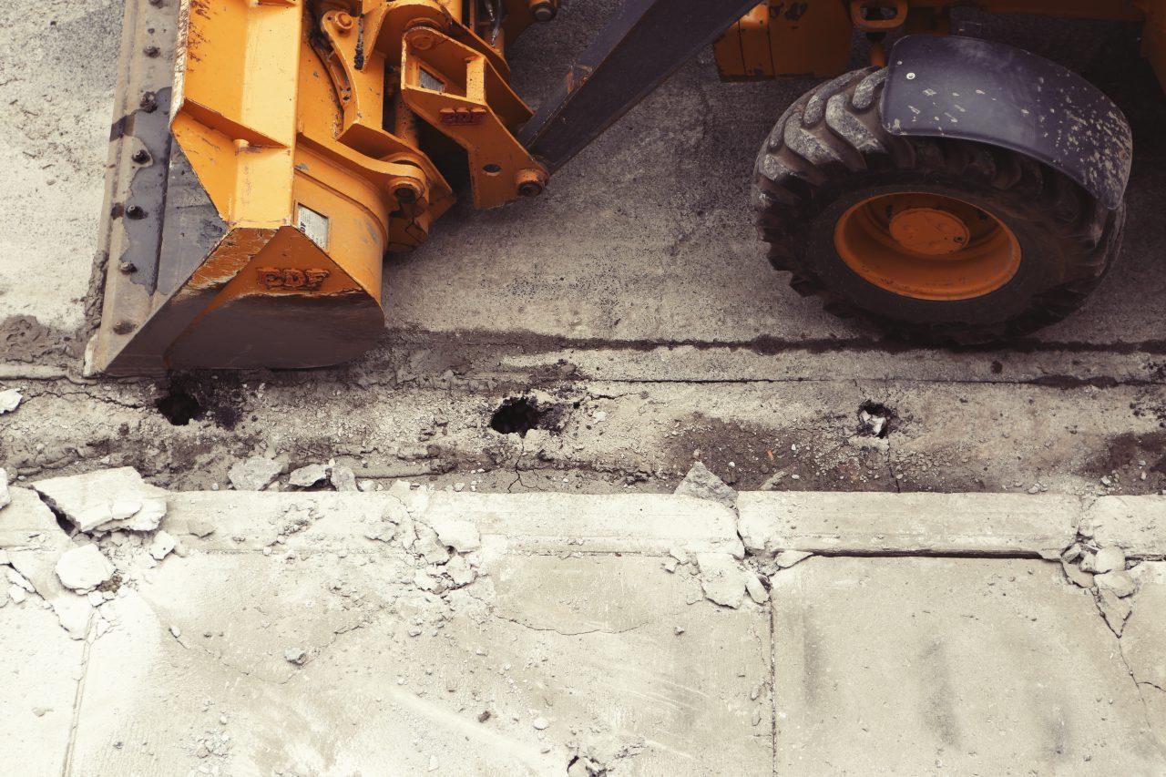 Najważniejsze zalety wypożyczania sprzętu budowlanego